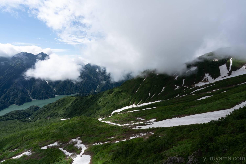 大観峰から黒部湖の景色