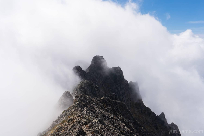 奥穂高岳から見るジャンダルム
