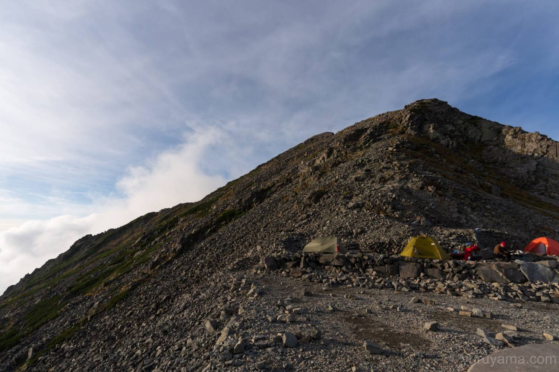 穂高岳山荘から見る涸沢岳