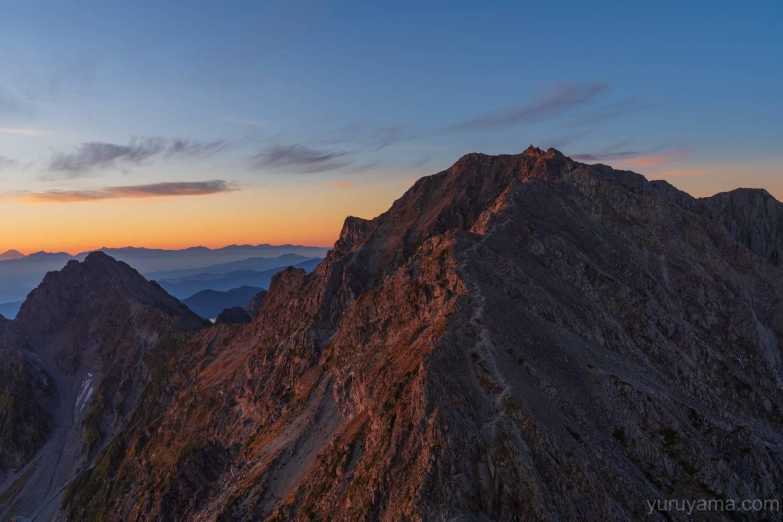 涸沢岳から見る奥穂高岳と前穂高岳