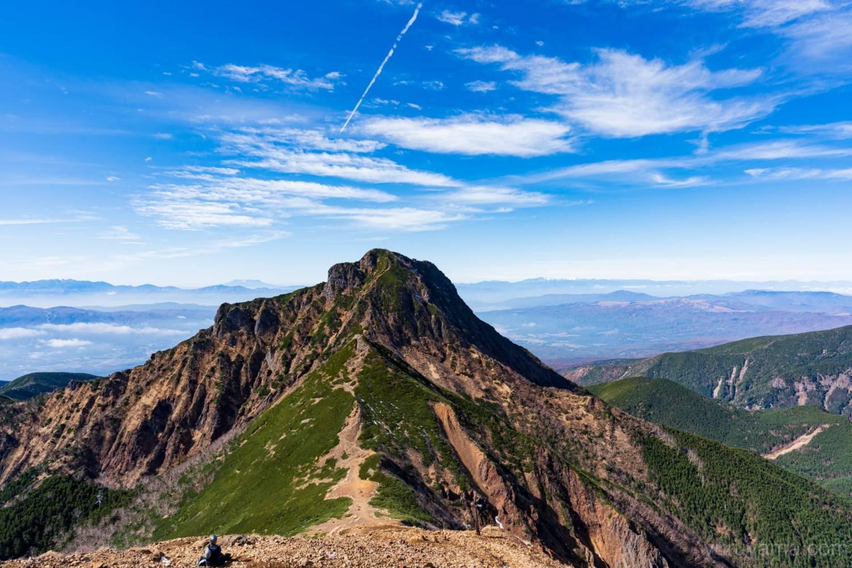阿弥陀岳と奥に広がる北アルプス