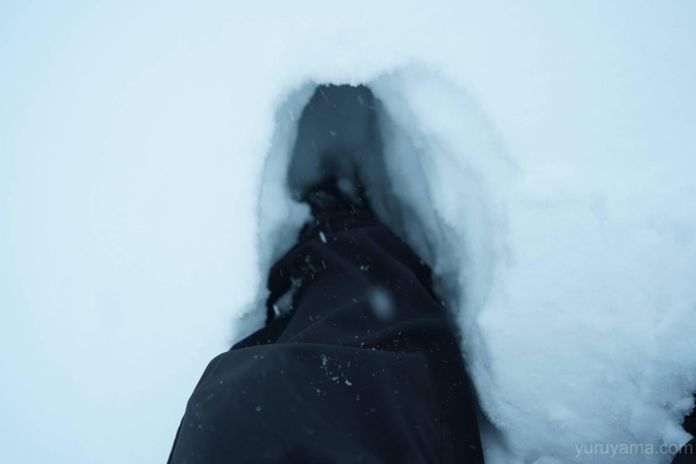 西穂山荘前の雪の画像