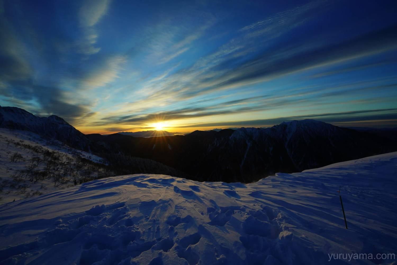 西穂丸山からみた日の出の画像