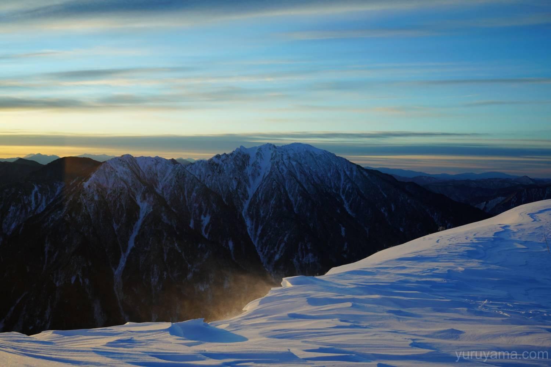 西穂丸山からみた六百山の画像