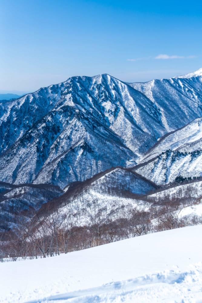 天神尾根から見える山の画像