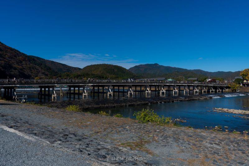 紅葉の時期の渡月橋