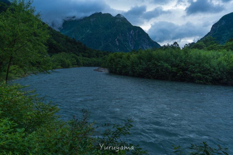 上高地の梓川